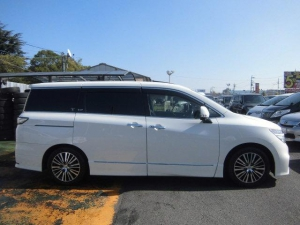 Закажите Nissan Elgrand из Японии под любую пошлину Vtransim.ru