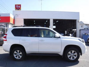 Закажите Toyota Land Cruiser Prado из Японии под любую пошлину Vtransim.ru