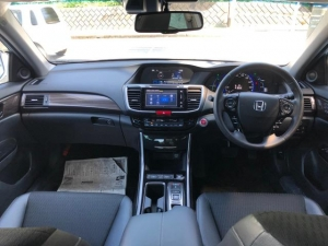 Закажите HONDA ACCORD HYBRID EX из Японии под любую пошлину Vtransim.ru