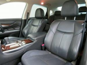 Закажите Nissan Fuga из Японии под любую пошлину Vtransim.ru
