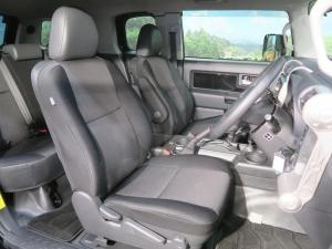 Закажите Toyota FJ Cruiser из Японии под любую пошлину Vtransim.ru