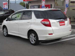 Закажите Honda Fit Shuttle из Японии под любую пошлину Vtransim.ru