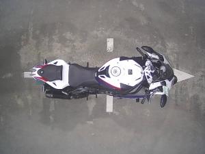 Закажите BMW S1000RR из Японии под любую пошлину Vtransim.ru
