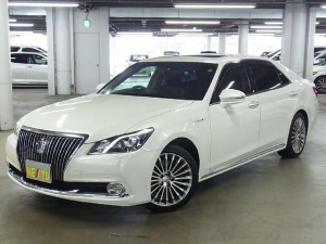 Закажите Toyota Crown Majesta из Японии под любую пошлину Vtransim.ru