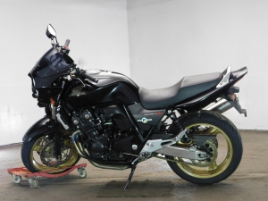 Honda CB400SFV-4